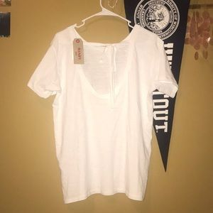 Levi's White Tee new with tags